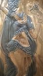 Чеканка Танцовщица с цветком 32.5*74 см., фото №4
