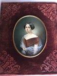 Старинная картина.миниатюрный портрет.кость.Портрет Дворянка