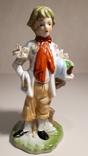 Фарфоровая статуэтка Мальчик., фото №2