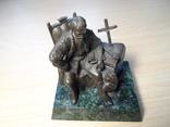 «Мазепа». Бронза. Скульптура на граните. Ранняя работа Андрея Зигуры (около 2000 г.).