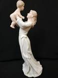 Фигурка Дама с Ребёнком