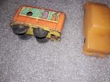 Вагончик заводной и машинка на востановление, фото №6