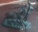 """Скульптура """"Олень у дерева"""" автор P.J.Mene"""
