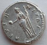Денарий Diva Фаустина I 141 г н.э. (25_5) фото 5