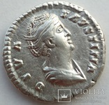 Денарий Diva Фаустина I 141 г н.э. (24_28) фото 2