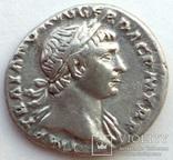 Денарий имп. Траян 107 г н.э. (24_32) фото 3