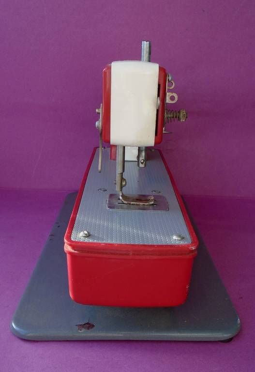 Детская швейная машинка., фото №6
