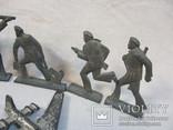 Солдатики и фигурки разные 20 шт, фото №5