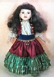 Кукла фарфоровая коллекционная париковая Цыганка 43 см, фото №2