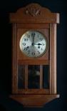Старинные настенные часы с боем Divina. Made in Germany.