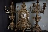 Часы каминные с подсвечниками.С Италии.