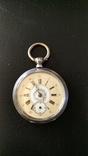 Старинные серебряные карманные часы с редким циферблатом