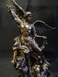 Архангел Михаил - небесный покровитель Киева и всей Украины.