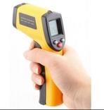 Бесконтактный измеритель температуры с лазерным прицелом