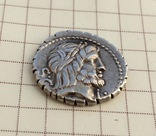 Денарий Serrate Q. Antonius Balbus 83-82 B.C. photo 4
