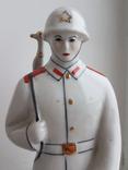 Солдат с автоматом и каске 1945-1985 В честь 40 годовщины ВОВ, фото №3