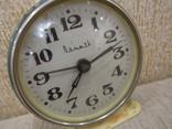 Часы будильник Витязь белый циферблат, фото №8