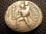Денарій Юлія Цезаря photo 1