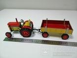 Жестяной заводной трактор с прицепом. 4 передачи. Комплект. photo 3
