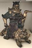 Полихромная скульптура. Китай 18-19 в. Воин на тигре.