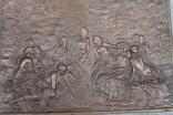 Картина рельефная ''грации в лесу'' бронза вес 930 грам, фото №7