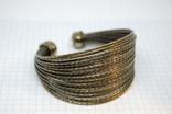 Широкий жесткий браслет с маркировкой MNG (Mango), фото №2