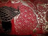 Серебряные павлины на красном., фото №5