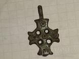 Крест К.Р. (Криновидный, с солярными знаками прорезной) 10-11век, фото №5