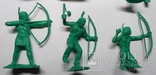 Фигурки индейцев .Производства СССР, ДЗИ ( в зелёном цвете , без повтора )., фото №8