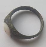 Кольцо с белой вставкой photo 2