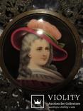 """164. Портретная миниатюра """"Девушка в шляпе"""", живопись на фарфоре, позолота, XIX век photo 6"""