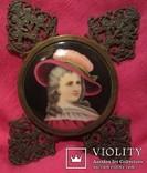 """164. Портретная миниатюра """"Девушка в шляпе"""", живопись на фарфоре, позолота, XIX век photo 9"""
