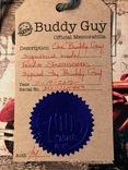 Buddy Guy signed Fender Startocaster Polka Dot, фото №3