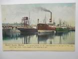 Иностранная Почтовая карточка корабли в порту с маркой того времени, фото №2