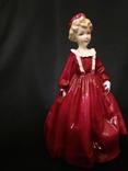 Royal Worcester.Девушка в красном платье