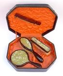 Старинный набор в футляре. Зеркало, расчёска, щётки. Перламутр, имитация панциря черепахи. photo 1