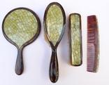 Старинный набор в футляре. Зеркало, расчёска, щётки. Перламутр, имитация панциря черепахи. photo 4