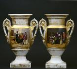 Фарфоровые вазы 19 века.