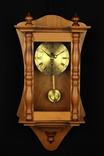 Компактные настенные маятниковые часы. Германия. (0243) photo 1