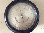 Барометр-высотомер 1941 года.