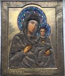 Икона «Смоленской Божией Матери, оклад серебро, 84 пробы, скань, зернь, эмали.