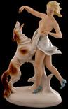 Фігурка ''Дівчина з собакою''