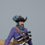Пират с двумя саблями и тремя пистолетами на груди. Олово, раскрас, фото №3