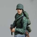 Немецкий солдат на колене с автоматом. Период ВОВ. Олово, раскрас, фото №5