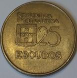 Португалія 25 ескудо, 1983