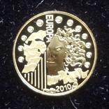 5 евро 2010 Франция 1100 лет Аббатству Клюни   золото 999  тираж 3861, фото №2