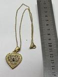 Золотистый кулон в виде сердца на цепочке, фото №6