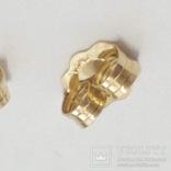 Золотые серьги-гвоздики с сапфирами и бриллиантами, фото №3