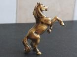 Лошадь на дыбах бронза брелок коллекционная миниатюра, фото №5