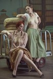 Две девушки на производстве., фото №2